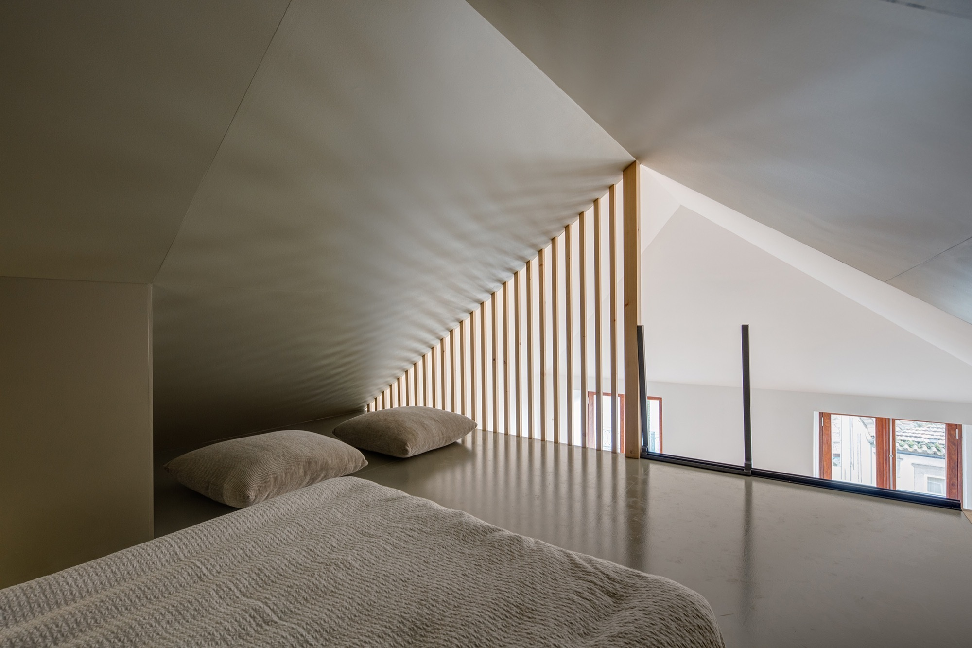 Уникальные способы создания иллюзии высокого потолка