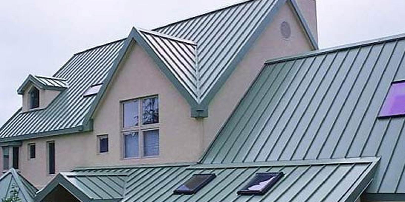 Профнастил для покрытия крыши жилища